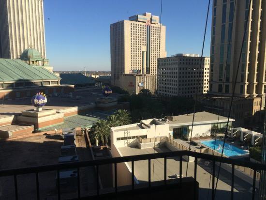Harrah's casino new orleans parking garage